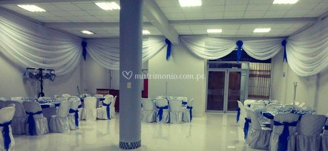 Sal n de eventos lun h for Decoracion de salones para eventos