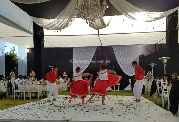Festejo folkloreando show