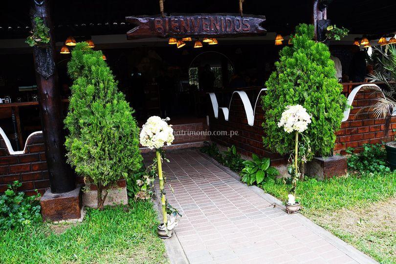 Ingreso de pedestales de flore