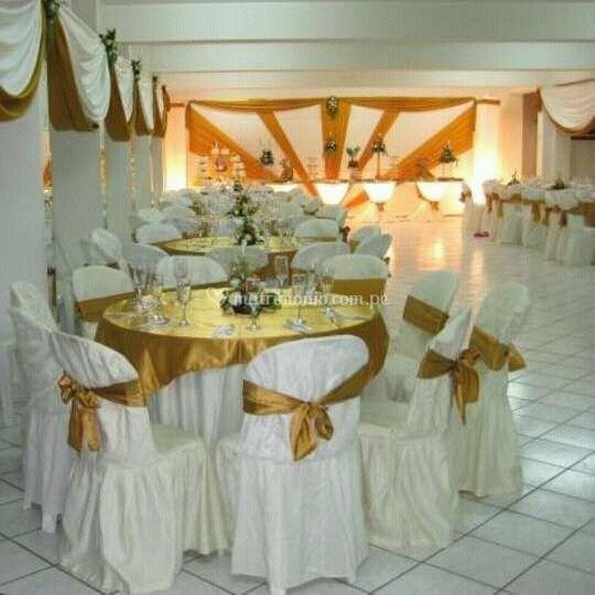 Excelente decoración del salón