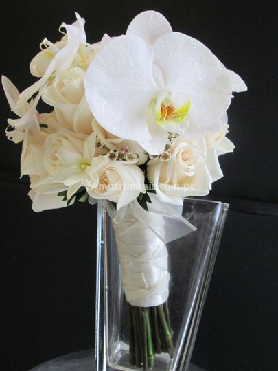 Bouquet Orquideas / Rosas