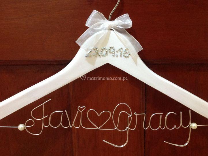 Nombres novios + fecha de boda