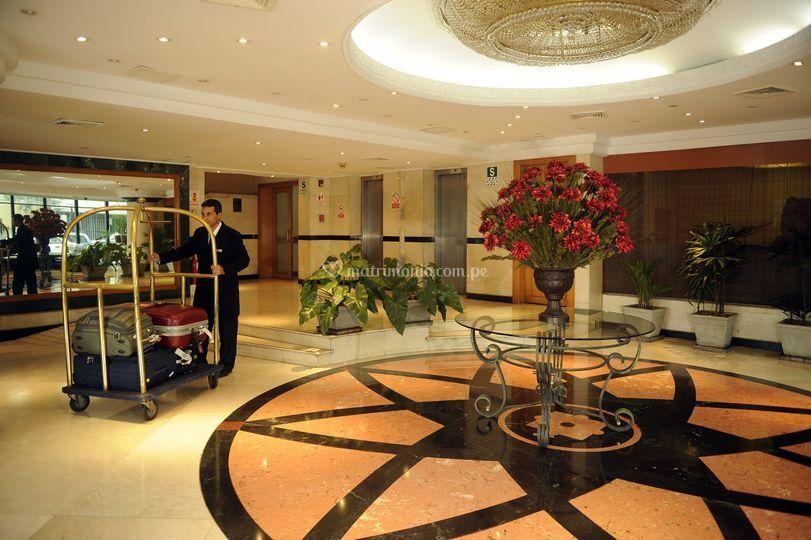 Lobby hotel miramar