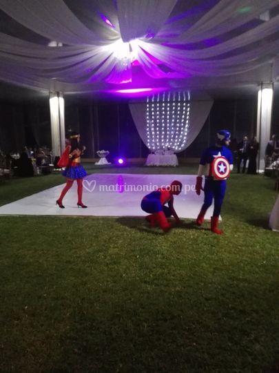 Hora Loca Super Heroes