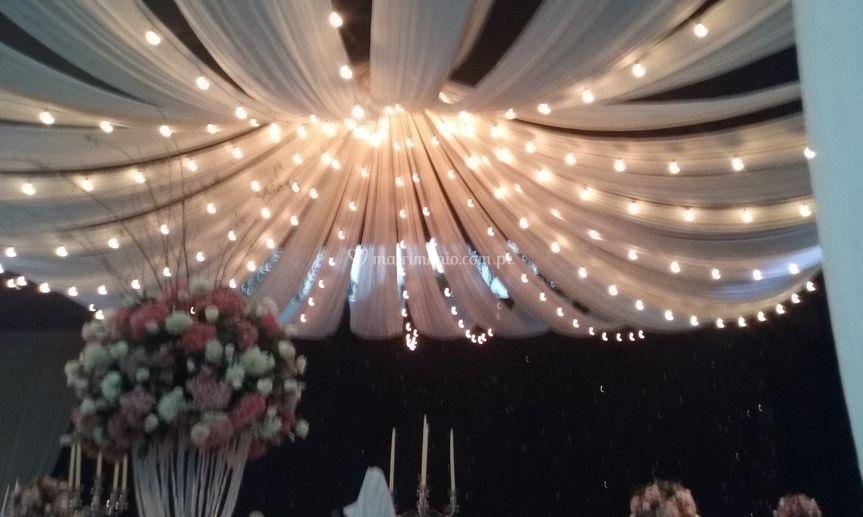 Techo iluminado de Eventos Luis David  f37b11890c16