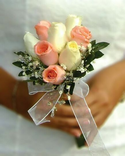 Bouquet para lanzar de rosas