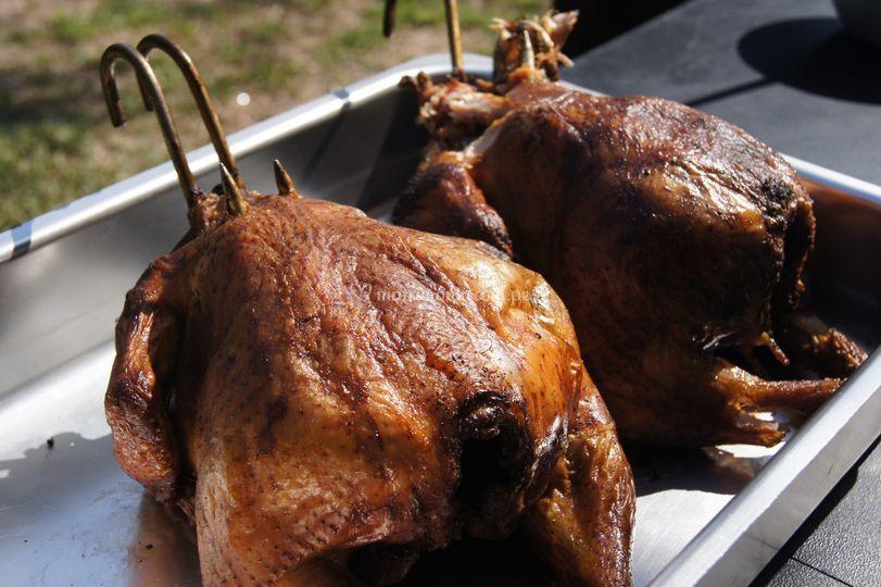 Pollo ahumado al cilindro