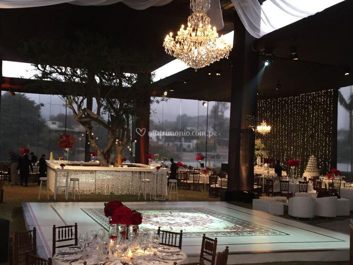 MH - boda de noche