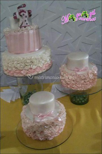 Mesa de tortas para bodas
