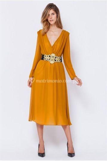 Vestido color mostaza