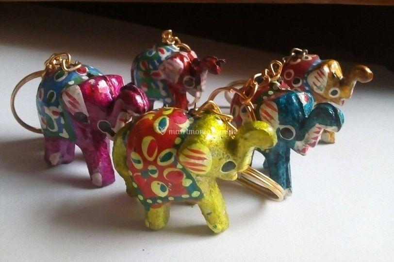 Llavero elefantes de la suerte