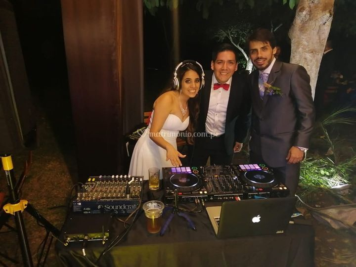 DJ Ricky Nolasco