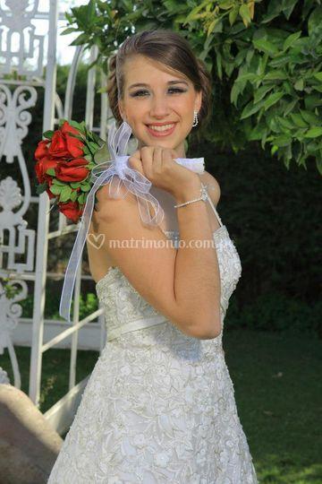 Vestido de novia con detalles