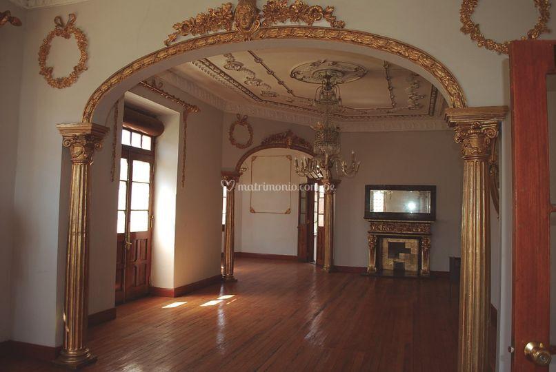 Salón Dorado - Castillo