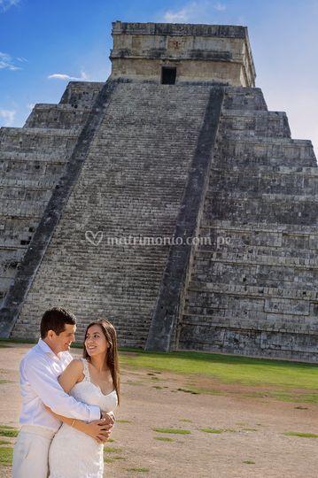Lloysi & Victor / Chichén Itzá