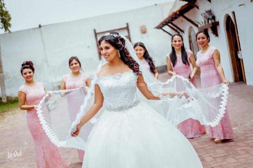 Las damas y la novia