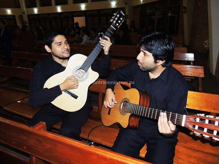 Los guitarristas