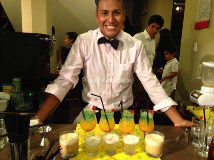 Bartender y mozos