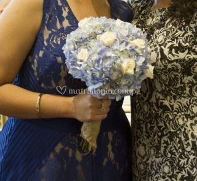 Bouquet hortensias y rosas