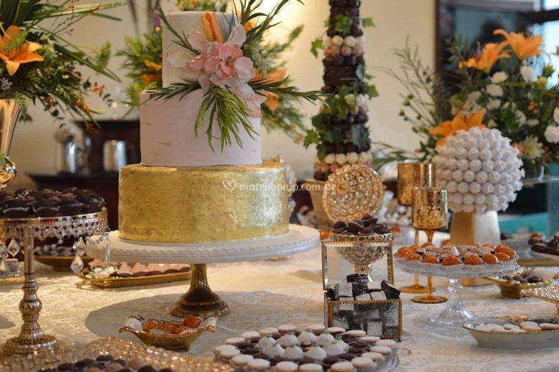 Torta y dulces