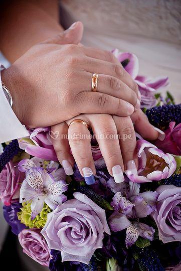 La mano y el anillo