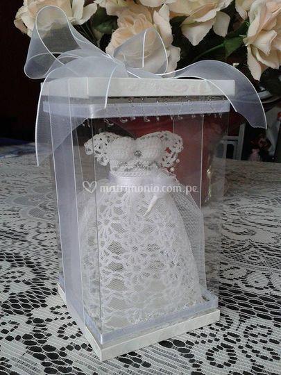 Souvenir mini vestido novia