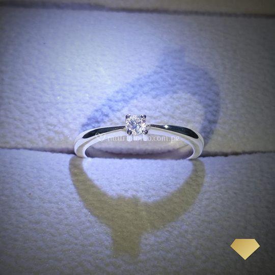 Julia diamante 0.10ct