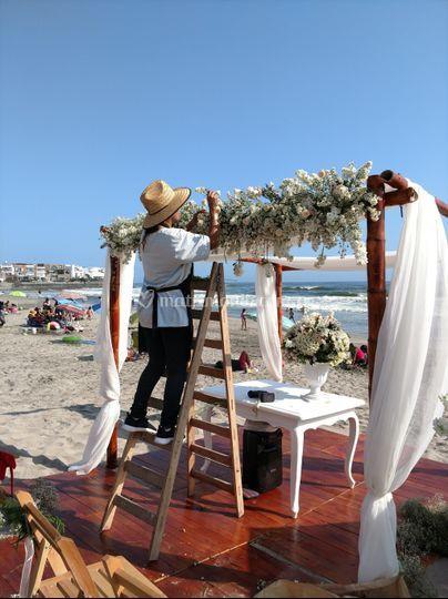 Arco de flores -playa pulpos