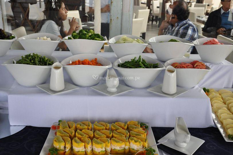 Platos frescos y deliciosos