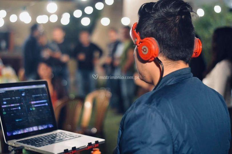 DJ CMiguel