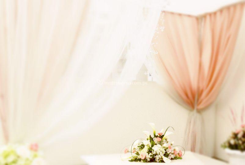 Altar en colores nude