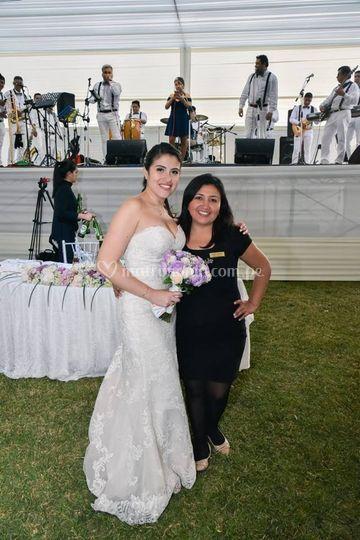 Con la novia...feliz