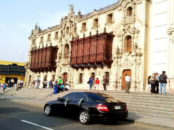 Boda en la catedral de lima