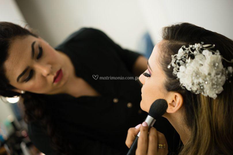 Novia con un look romántico