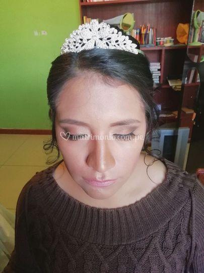 Maquillaje en tonos tierra