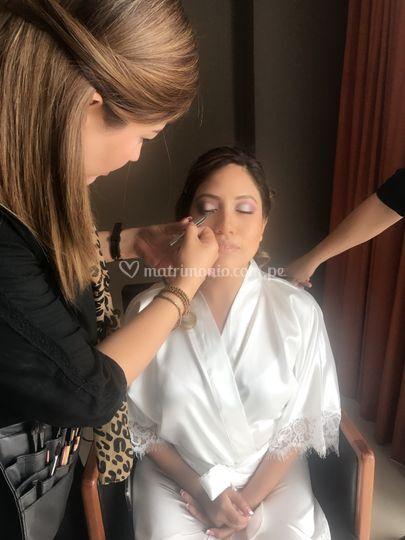 Sesión de maquillaje de novia