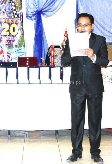 Maetsro de ceremonia