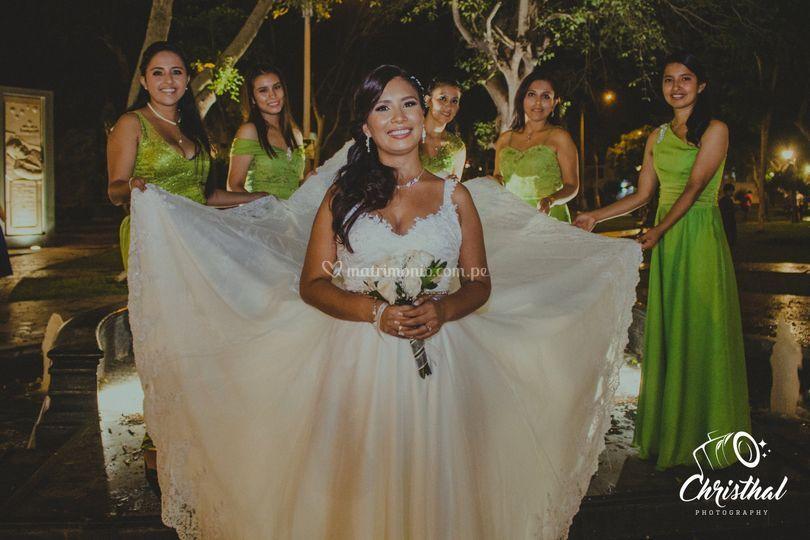 Detalles novia con sus damas