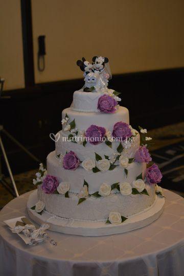Torta y decoracion en cerámica