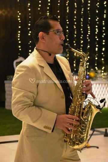 Saxofón inalámbrico