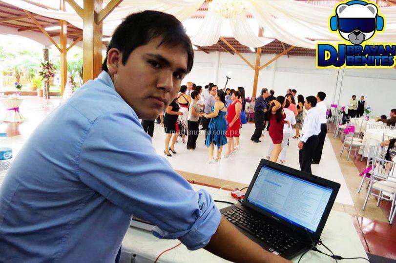 DJ Brayan Benites