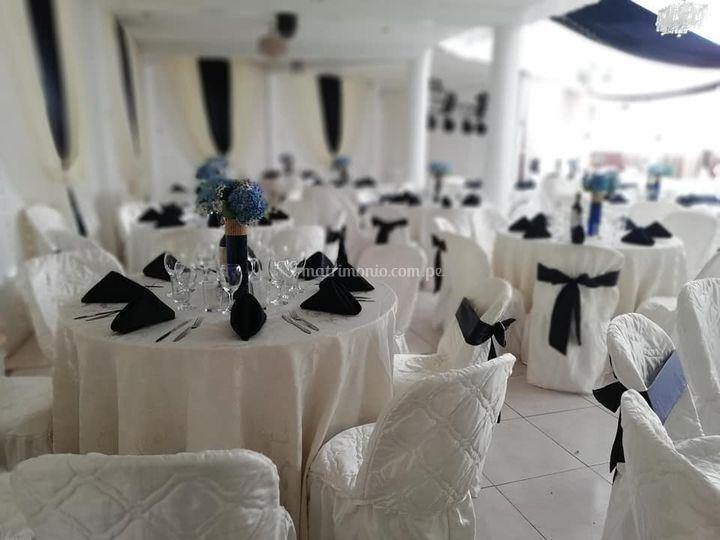 Montaje blanco y negro