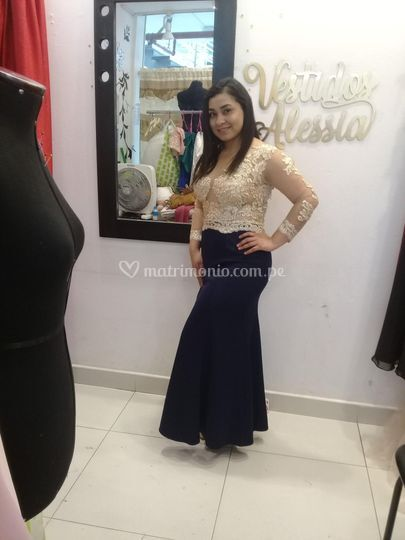 Bello vestido medida oro azul