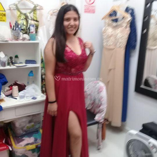 Bello vestido rojovino