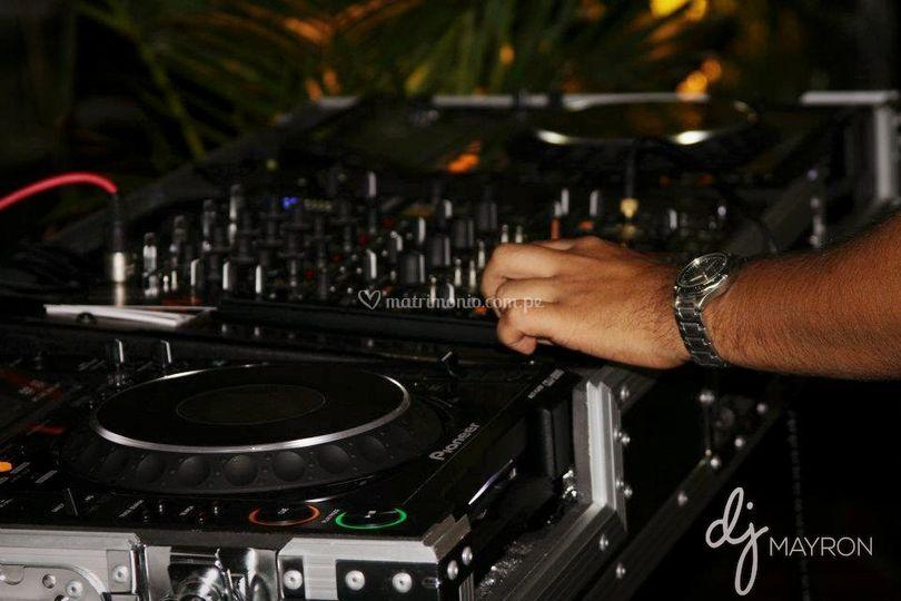 DJ Mayron mix