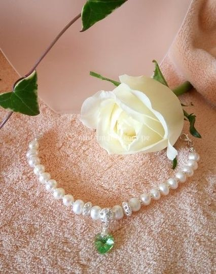 52e0b3d9b36d Pulsera perlas-plata-Swarovski de Nuria Valentina   Foto 23