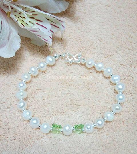 848355513bec Pulsera perlas-plata-Swarovski de Nuria Valentina   Foto 25