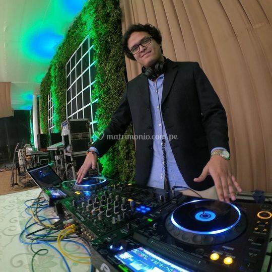 DJ Luis Yam