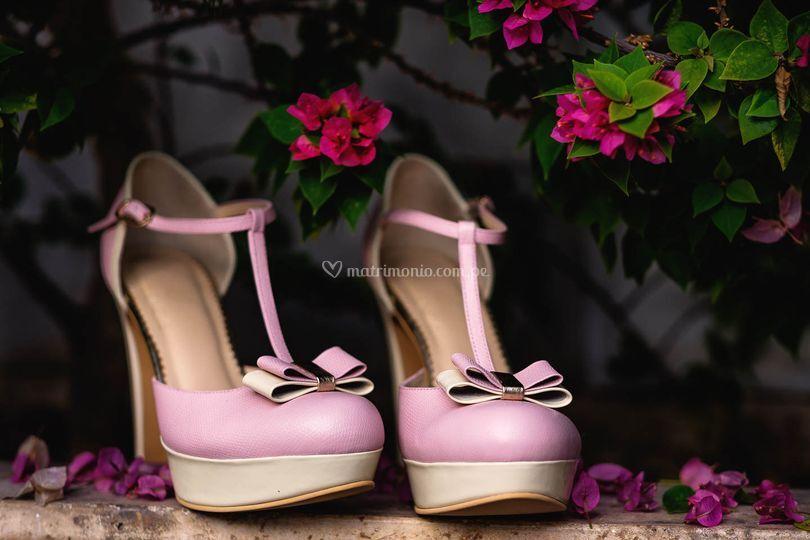 Modelo clavel en rosa