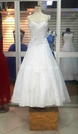 Diseñamos tu vestido de novia